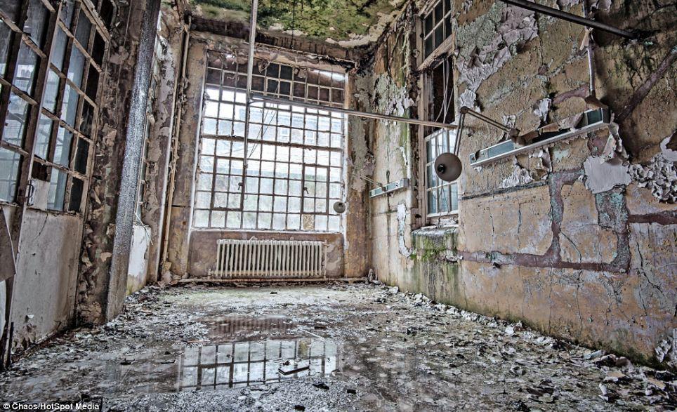 Hospital Crumbling